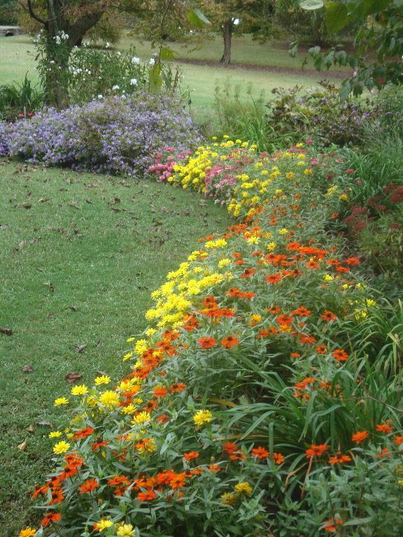 Front Perennial Garden looking north 9-27-15